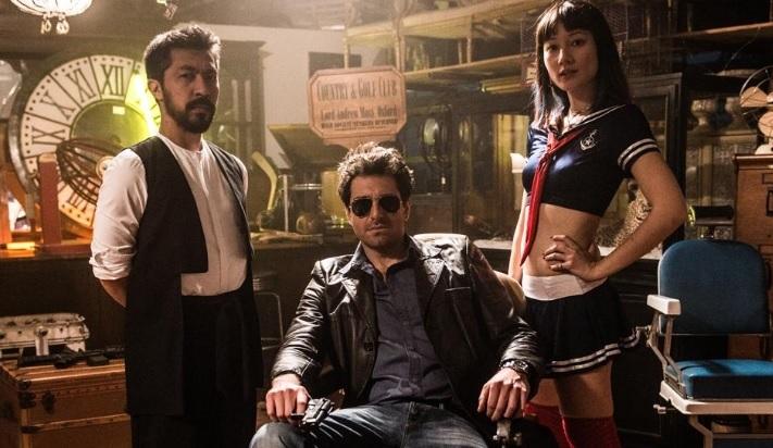 L'ispettore Coliandro: Taiyo Yamanouchi e Eugenia Tempesta accanto a Giampaolo Morelli nell'episodio Yakuza